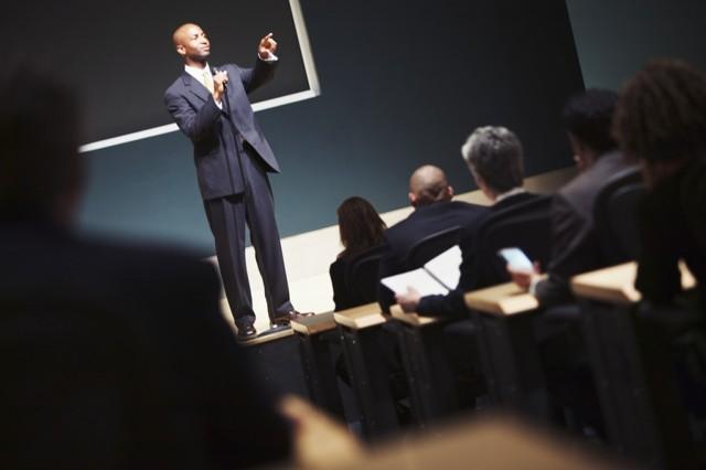 Как Начать Разговор И Вести Беседу С Иностранцем На Английском - Учим английский вместе