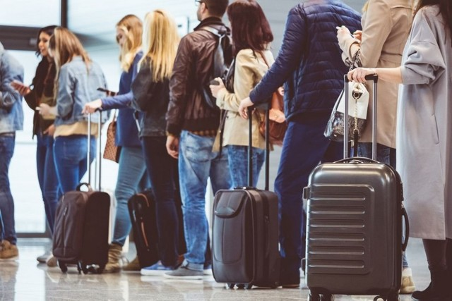№4 Полезные Фразы Для Общения В Аэропорту - Учим английский вместе