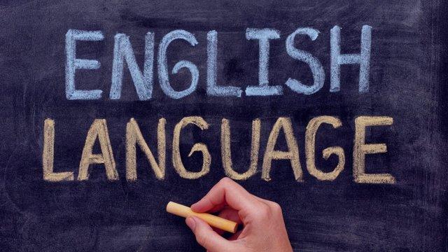 Брэдли Пристает К Людям На Улице И Спрашивает Про Их Английский - Учим английский вместе